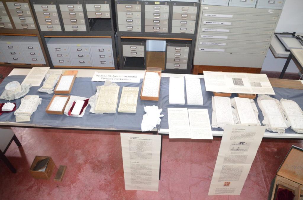 Elfenbeinschnitzereien, Abgusssammlung des Lehrstuhls für Christliche Archäologie