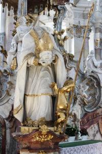 Vierzehnheiligen-Exkursion 2017, Wallfahrtskirche, Plastik des hl. Dionysius
